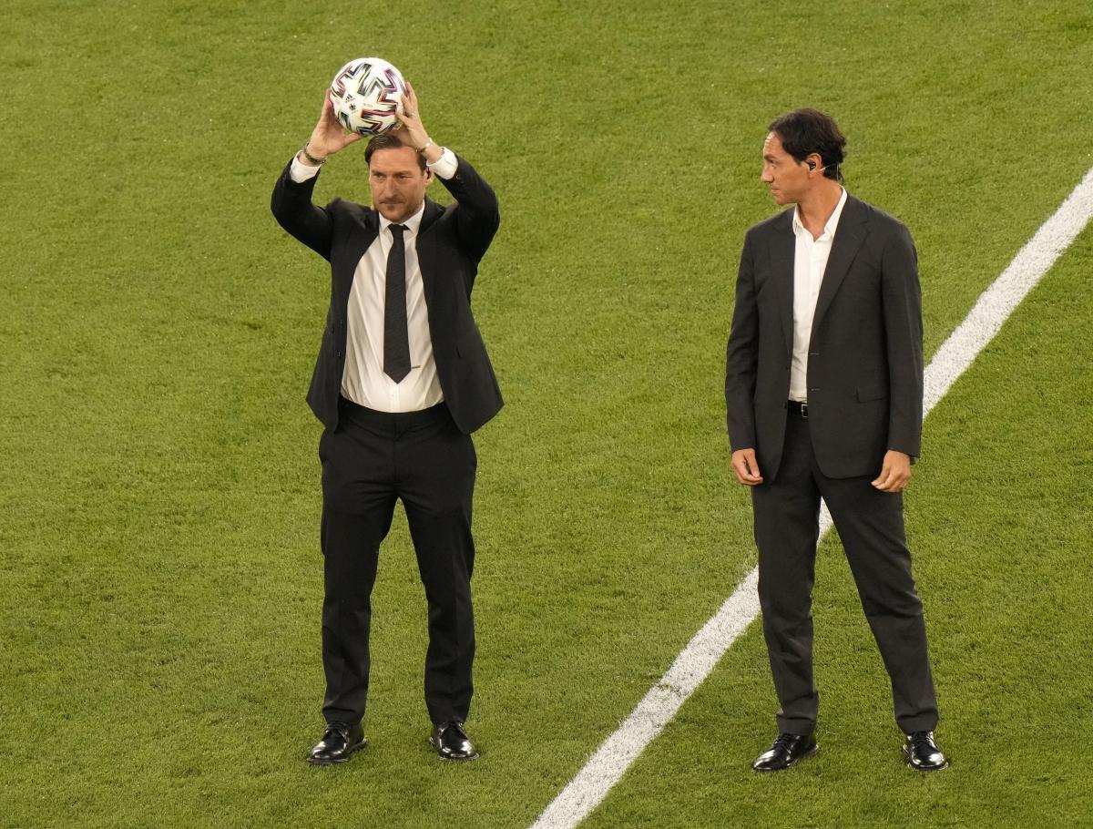 Lễ khai mạc EURO 2021: Đại tiệc âm thanh và ánh sáng Ảnh 2