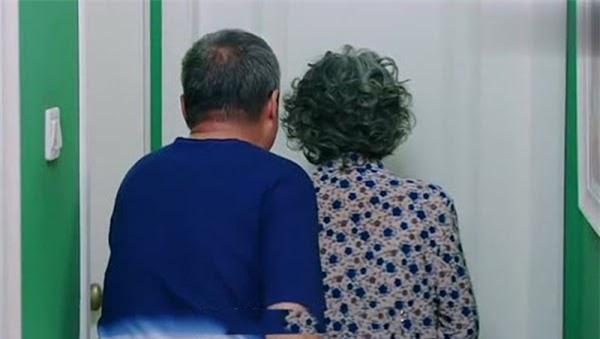 Vợ chồng Việt cứ đến khoảng 50 tuổi là lại ngủ riêng giường, chuyên gia nói: 3 đúng, 2 sai Ảnh 2