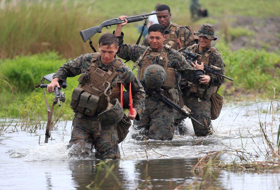 Philippines lại 'treo' quyết định hủy thỏa thuận quân sự với Mỹ Ảnh 1
