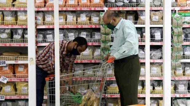 Ấn Độ 'bỏ qua' lạm phát tăng trong khi tập trung phục hồi kinh tế Ảnh 1