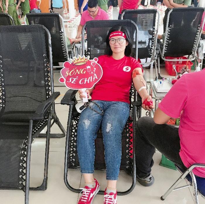 Nữ hộ sinh tiếp sức cho bệnh nhân giữa cơn nguy kịch Ảnh 2