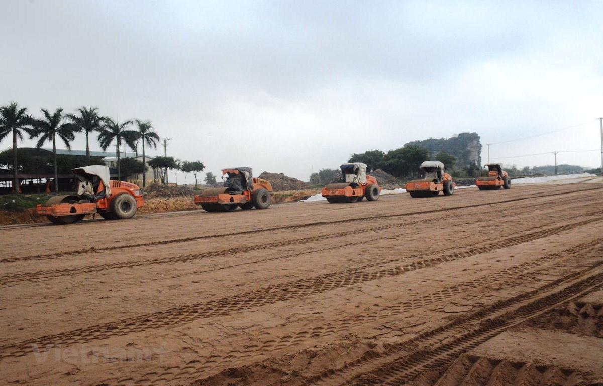 Lộ diện doanh nghiệp trúng gói thầu đầu tiên 2 dự án cao tốc Bắc-Nam Ảnh 1