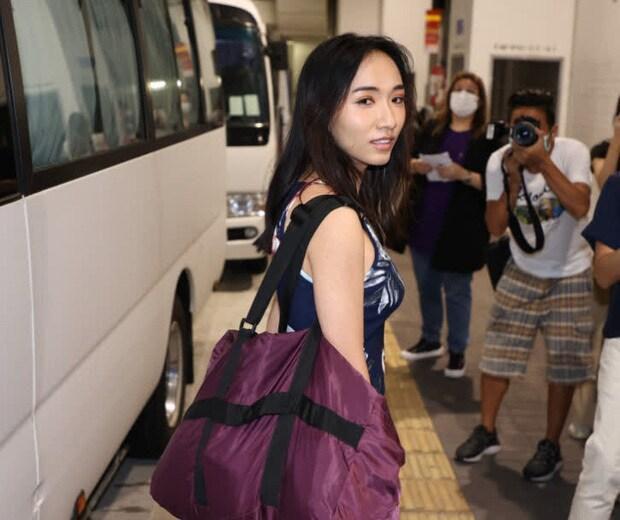 'Phát hoảng' với dàn thí sinh Hoa hậu Hồng Kông: Già nua, ăn mặc phản cảm Ảnh 6