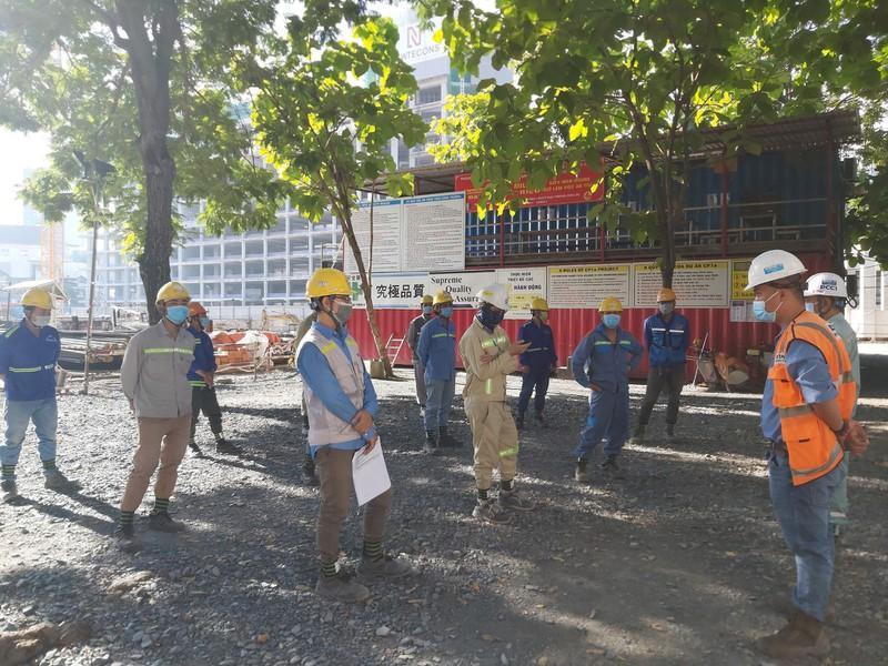Hơn 2000 công nhân metro tích cực thi công giữa mùa dịch COVID-19 Ảnh 2