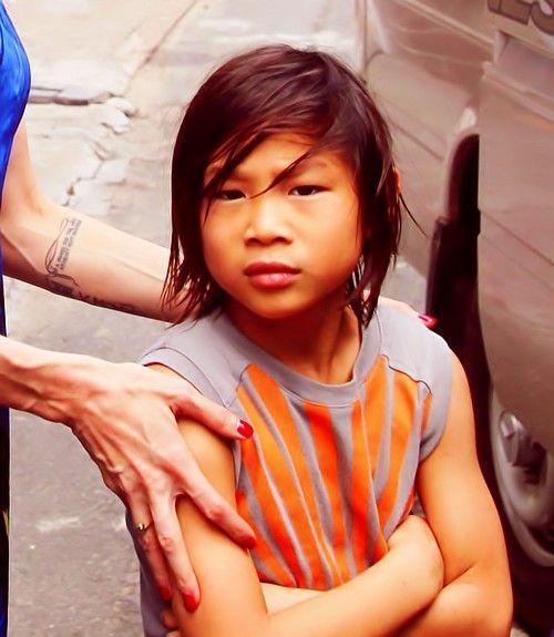 6 người sống đời con nuôi nổi tiếng: Có Pax Thiên và sao gốc Việt thành danh tại Hollywood Ảnh 11
