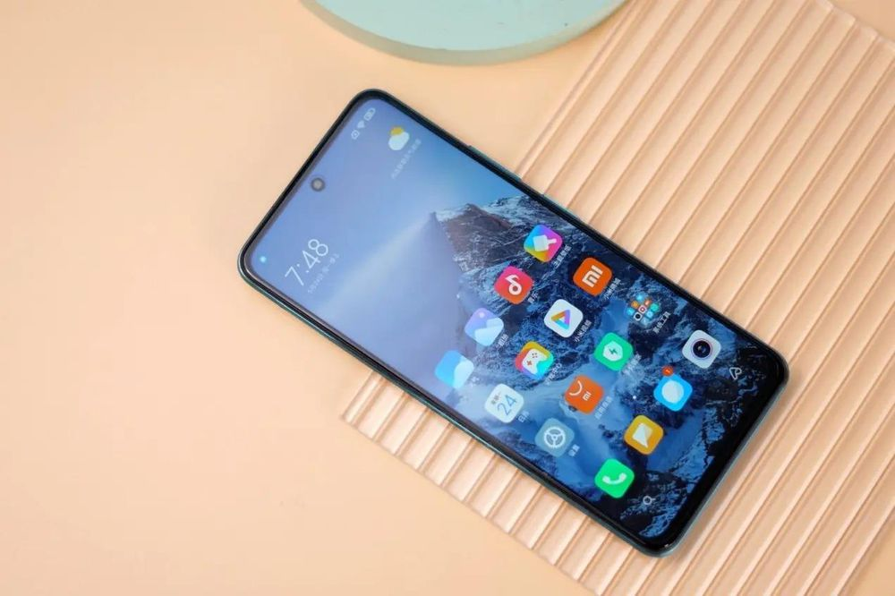 Sau khi đánh bại Apple trên toàn cầu, Xiaomi đặt mục tiêu đứng đầu tại Trung Quốc
