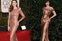 Chỉ với bộ váy màu rose gold, mỹ nhân đẹp nhất Hollywood dậy sóng mạng xã hội bởi vẻ đẹp vượt thời gian