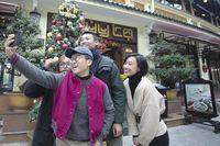 Nhà hàng Thủy Tạ: 'Sợi dây' gắn kết người Hà Nội nay với nét thanh lịch Hà Thành