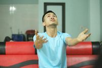 Bộ trưởng Bộ LĐ-TB&XH tặng Bằng khen cho anh Nguyễn Ngọc Mạnh