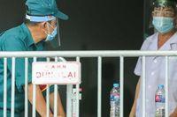 CLIP: Phong tỏa chung cư ở Sài Đồng liên quan ca dương tính SARS-CoV-2 chưa rõ nguồn lây