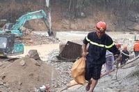 CBCS cứu nạn dốc sức tìm kiếm nạn nhân ở Rào Trăng