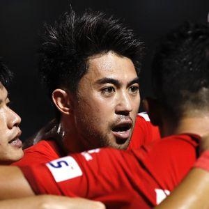 Đồng đội dành lời khen cho màn ra mắt của Lee Nguyễn