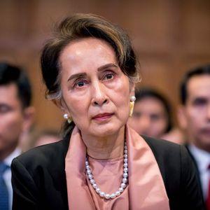 Bà Aung San Suu Kyi bị chuyển đến giam giữ tại 'địa điểm bí mật'