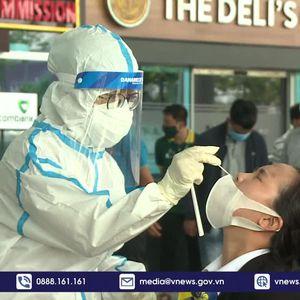 Xét nghiệm Covid-19 cho hơn 2 nghìn người tại Sân bay Đà Nẵng