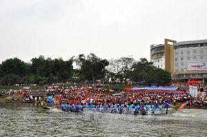 Tuyên Quang: Hội đua thuyền truyền thống trên sông Lô