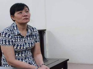 Đầu độc chết 2 con, người mẹ bỏ trốn 22 năm mới bị bắt
