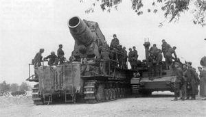 Kỳ quái pháo tự hành của phát xít Đức trong CTTG 2