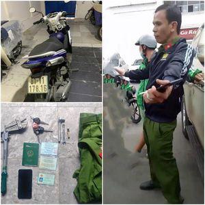 Dân bất an từ vụ kẻ trộm xe cởi áo 'khoe' mình là cảnh sát