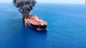 Mỹ công bố video Iran 'phi tang bằng chứng' trên tàu bị tấn công