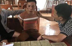 Điện Biên: Bắt đối tượng đi xe máy vận chuyển 10 bánh heroin
