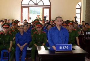 Dàn cựu lãnh đạo tỉnh Sơn La hầu tòa