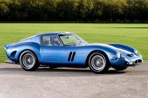 Cụ ông ngồi trên 'đống vàng' Ferrari 250 GTO nhưng bán giá rẻ mạt