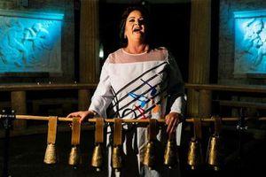 Bulgari: Nữ ca sĩ có âm lượng giọng hát cao tương đương một dàn hợp xướng
