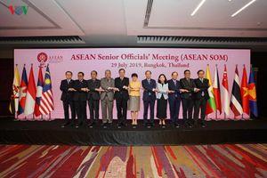 Nhóm họp tại Thái Lan, Ngoại trưởng ASEAN tập trung bàn về Biển Đông và thương chiến Mỹ-Trung