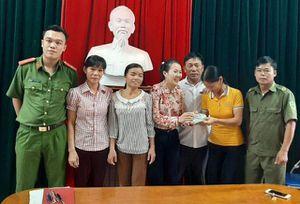 Hà Tĩnh: Tuyên dương 3 người phụ nữ trả lại gần 50 triệu đồng cho khổ chủ đánh rơi