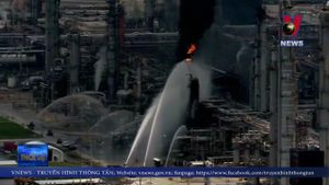 Mỹ: Cháy tại nhà máy ExxonMobil