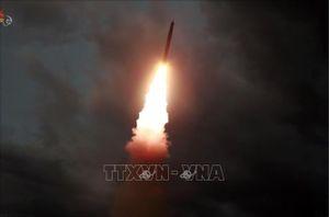 Tổng thống Donald Trump hạ thấp vụ phóng tên lửa thứ 3 của Triều Tiên