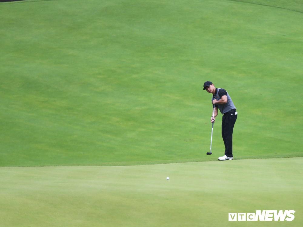 Park Sang Ho đánh hay nhất vòng 3, Trần Lê Duy Nhất vững ngôi đầu bảng