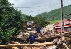 Nỗ lực cứu hộ, cứu nạn những người mất tích do lũ cuốn trôi