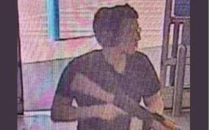 Hình ảnh đầu tiên về kẻ xả súng AK-47 vào siêu thị ở Texas