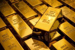 Vì sao giá vàng bật tăng lên mức cao nhất trong 6 năm qua ?