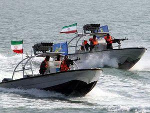 Iran và nước cờ bắt tàu dầu làm nóng vùng Vịnh