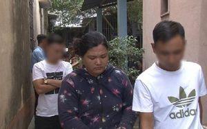 Bắt quả tang đối tượng ngang nhiên bán ma túy ngay tại ngã ba đường ở Thừa Thiên - Huế