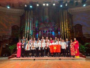 Đoàn Toán học trẻ Việt Nam lọt top 5 đội mạnh nhất thế giới
