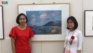 Tác phẩm hội họa của học sinh Việt Nam được trưng bày tại Nhật Bản