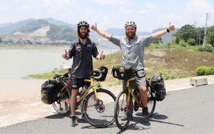 Chuyến đạp xe đặc biệt hơn 20 nghìn km từ Anh tới Nhật Bản