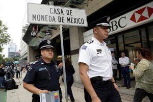 Ám ảnh nạn cướp ngang nhiên hoành hành tại Thủ đô của Mexico