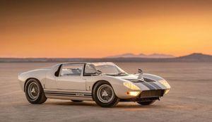 Đấu giá siêu xe Ford GT40 Roadster trị giá hơn 9 triệu USD