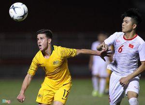 'Hung thần' của U18 Việt Nam vượt qua 4 cầu thủ để lập hat-trick