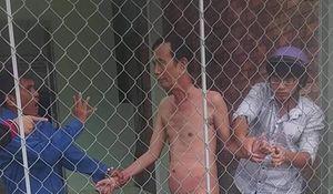 Khởi tố người đàn ông 66 tuổi 'khỏa thân' với bé gái 13 tuổi