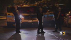 Nổ súng liên tiếp tại Chicago, 44 người thương vong