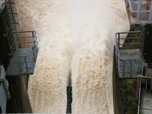 Phó Thủ tướng yêu cầu kiểm tra sự cố ở hai thủy điện