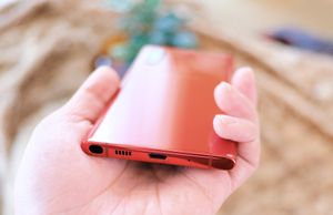 Thành trì Samsung từ bỏ, giắc cắm tai nghe sẽ biến mất trên smartphone
