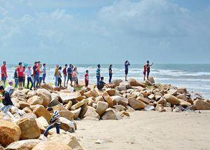 Tìm thấy 2 thi thể trong vụ 6 du khách đuối nước ở Bình Thuận