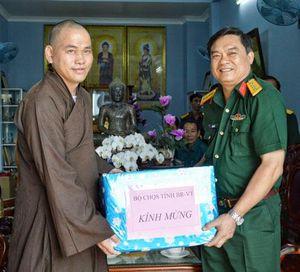 Thăm và tặng quà các chùa nhân dịp lễ Vu Lan 2019