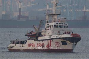 Tây Ban Nha sẵn sàng tiếp nhận một số người di cư được tàu Open Arms giải cứu
